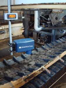 pomiar wilgotności śmieci na taśmociągu